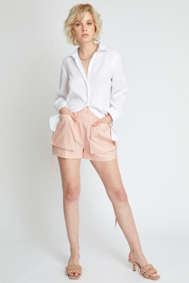 Pantaloni scurti roz din in Camelia