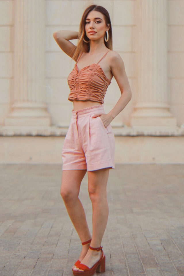 Pantaloni scurti roz prafuit din in Hazel